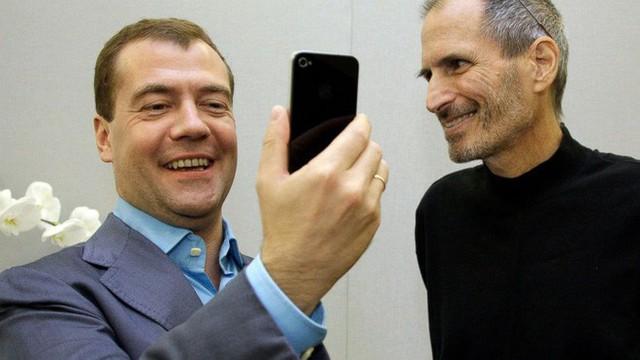 photo-2-1510451164838 Từ năm 12 tuổi, Steve Jobs đã tự mình xin việc ở HP và cũng từ đó, ông biết làm thế nào để luôn có thứ mình muốn