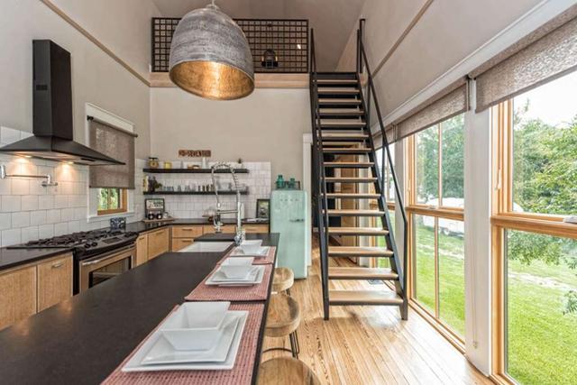 Căn nhà bỏ hoang chẳng ai muốn mua, cải tạo lại đẹp như biệt thự giá bán tăng gấp 34 lần - Ảnh 22.