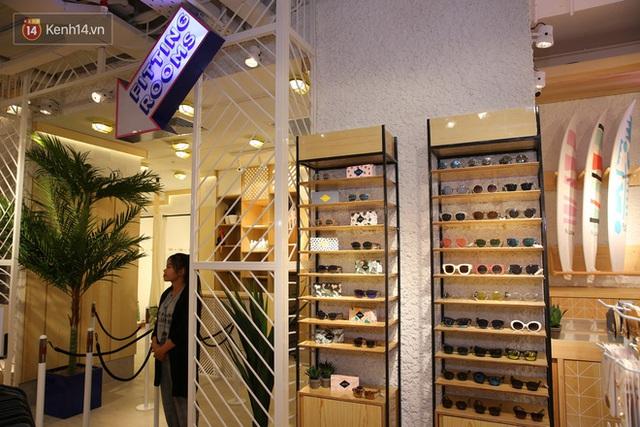 Pull&Bear Việt Nam: Giá rẻ hơn Thái Lan, áo phông giá từ 149.000 đồng, quần jeans từ 699.000 đồng - Ảnh 24.