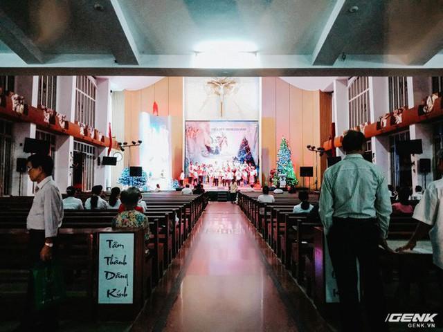 Đời sống qua lăng kính smartphone (Kỳ 1): Người dân Sài Gòn nô nức trang trí phố xá đón Noel đến gần - Ảnh 28.
