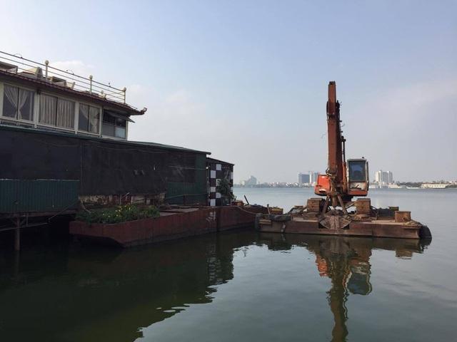 Doanh nghiệp đã chuẩn bị phương tiện để di dời tàu (ảnh Hải Minh - NDH)