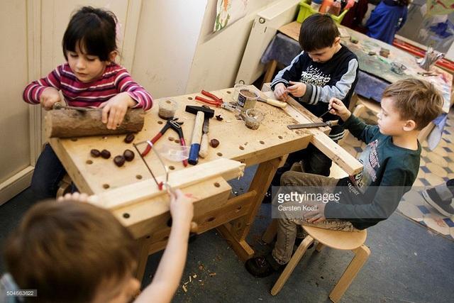 Trẻ em Đức làm việc nhóm
