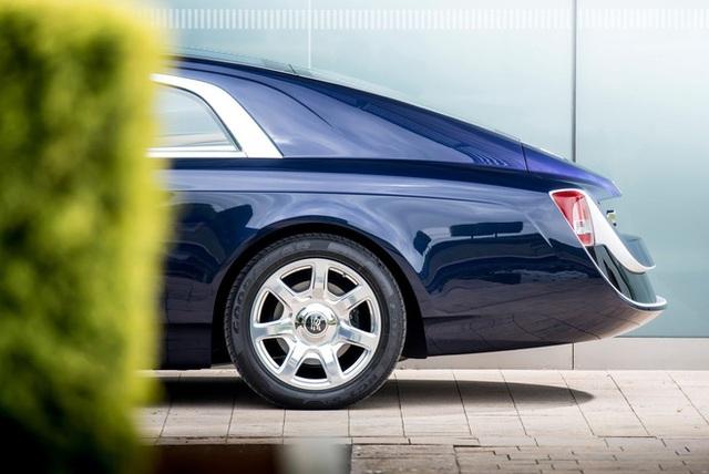 Chiếc xe Rolls-Royce Sweptail đắt giá nhất lịch sử nhân loại được làm cho một nhà sưu tầm bí ẩn có gì đặc biệt? - Ảnh 4.
