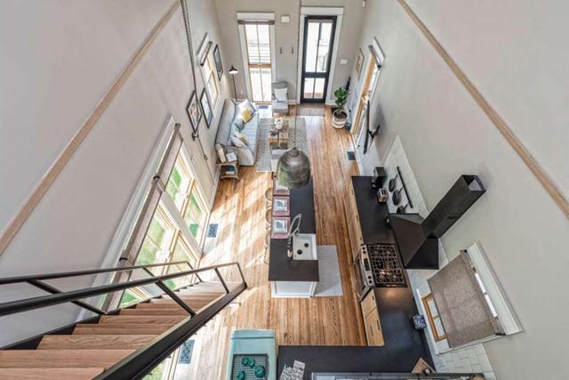 Căn nhà bỏ hoang chẳng ai muốn mua, cải tạo lại đẹp như biệt thự giá bán tăng gấp 34 lần - Ảnh 3.