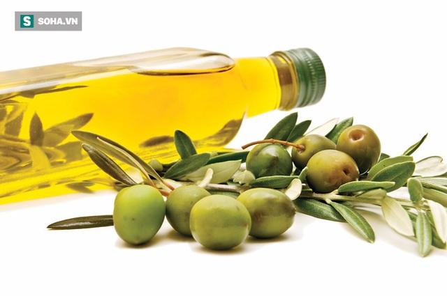 Dầu olive giúp làm giảm nồng độ HDL và giảm nguy cơ tiến triển các bệnh lý tim mạch