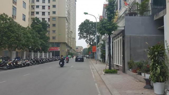 Cư dân chung cư liên tục phản đối chủ đầu tư, chính quyền Hà Nội chỉ thị chấn chỉnh - Ảnh 4.