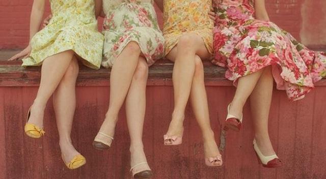 Nếu có thói quen ngồi vắt chéo chân thì phải bỏ ngay để không làm tổn hại đến sức khỏe - Ảnh 4.