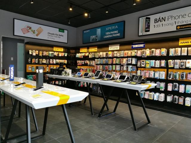 Bên trong cửa hàng mới toanh của Thế Giới Di Động: Đẹp, sang, ít nhân viên - Ảnh 7.