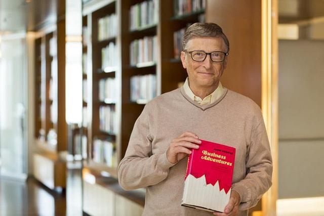 Đây là loại áo sơ mi mà cả Bill Gates và Elon Musk đều ưa thích, rất phù hợp với tiết trời Hà Nội đầu thu - Ảnh 4.