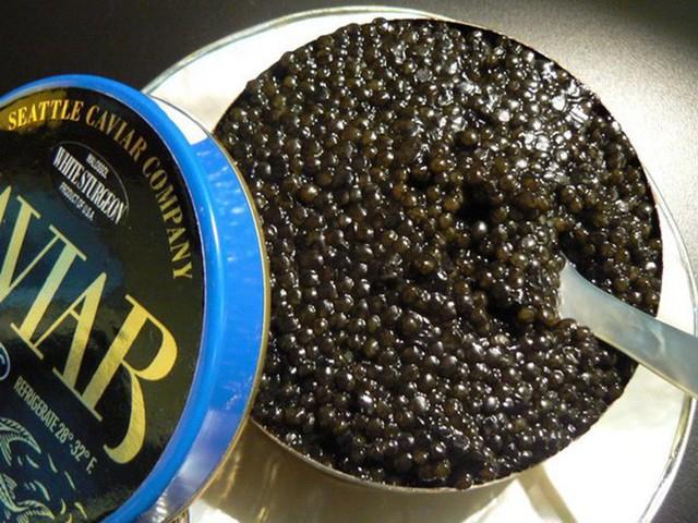 Cách thưởng thức Caviar - món ăn đắt đỏ luôn góp mặt trong các bữa tiệc của hội siêu giàu - Ảnh 4.