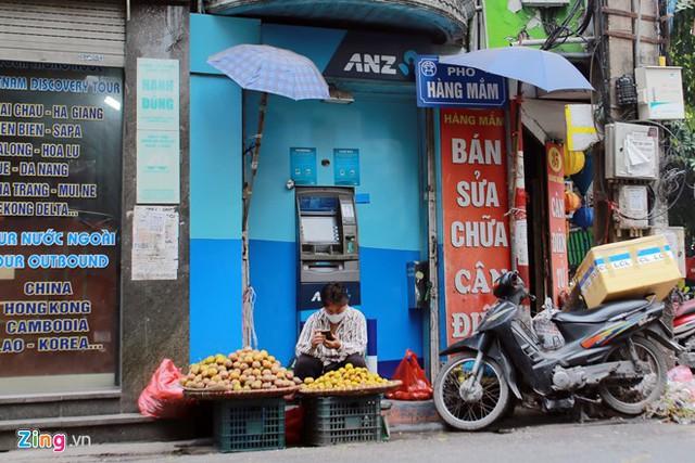 Những xó xỉnh rút tiền ở Hà Nội - Ảnh 5.