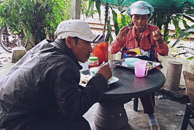 Thực đơn mỗi ngày được thay đổi liên tục để người ăn không có cảm giác chán ngán.