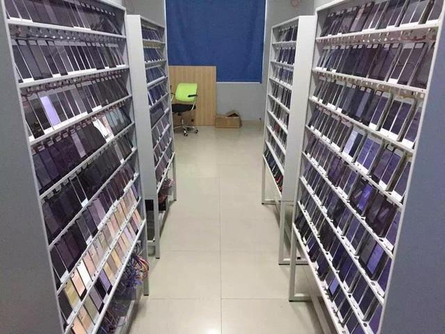 Bên trong một công xưởng sống ảo, câu view ở Trung Quốc.