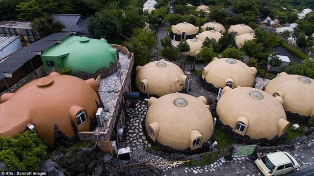 """Có một ngôi làng """"bong bóng"""" đẹp như cổ tích, đến thăm là không muốn về - Ảnh 6."""