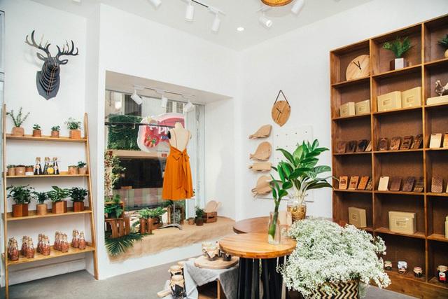 Từ số vốn 5 triệu, Kiên đã mở 2 cửa hàng ở Hà Nội và TP HCM