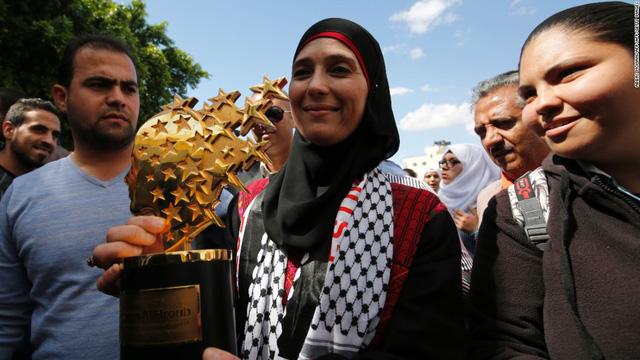 Giáo viên người Palestin, Hanan al-Hroub chiến thắng Giáo viên toàn cầu năm 2016