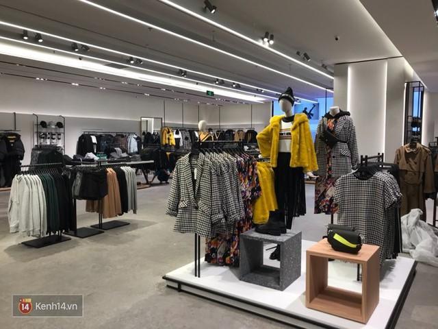 HOT: Tận mắt ngắm trọn 3 tầng của store Zara Hà Nội, to và sáng nhất phố Bà Triệu - Ảnh 5.