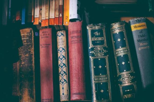 Tiểu thuyết, khoa học viễn tưởng,...