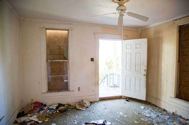 Căn nhà bỏ hoang chẳng ai muốn mua, cải tạo lại đẹp như biệt thự giá bán tăng gấp 34 lần - Ảnh 5.