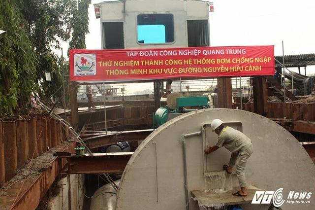 [Ảnh]: Tận mắt thấy siêu máy bơm chống ngập thần tốc ở Sài Gòn - Ảnh 6.