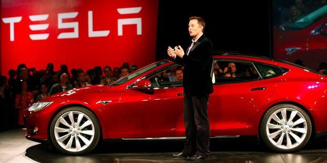 Làm việc tại Tesla cứ như uống nước bằng vòi chữa cháy! Hãy sẵn sàng ngất xỉu ngay trong giờ làm! - Ảnh 4.