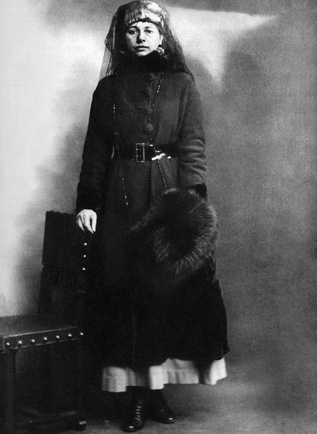photo-5-1513397878879 Nữ điệp viên Mata Hari huyền thoại với vũ điệu thoát y khiến hơn 50.000 lính Pháp phải bỏ mạng trong thế chiến