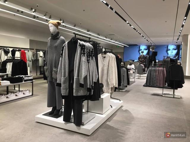 HOT: Tận mắt ngắm trọn 3 tầng của store Zara Hà Nội, to và sáng nhất phố Bà Triệu - Ảnh 7.