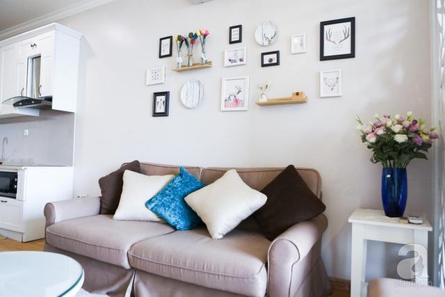 Sofa với màu trung tính giúp không gian phòng khách đẹp sang trọng, nền nã.