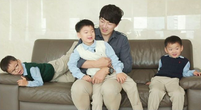 Song Il Gook luôn hy vọng ba anh em trưởng thành theo cách tự nhiên nhất...