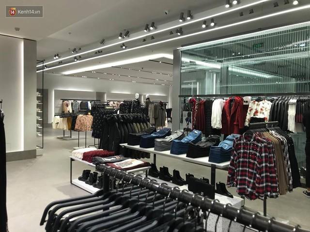 HOT: Tận mắt ngắm trọn 3 tầng của store Zara Hà Nội, to và sáng nhất phố Bà Triệu - Ảnh 9.