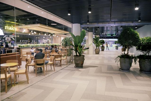 Sau 20 năm bỏ hoang với những lời đồn đoán rùng rợn, Thuận Kiều Plaza đã hồi sinh và sầm uất đến nhường này - Ảnh 10.