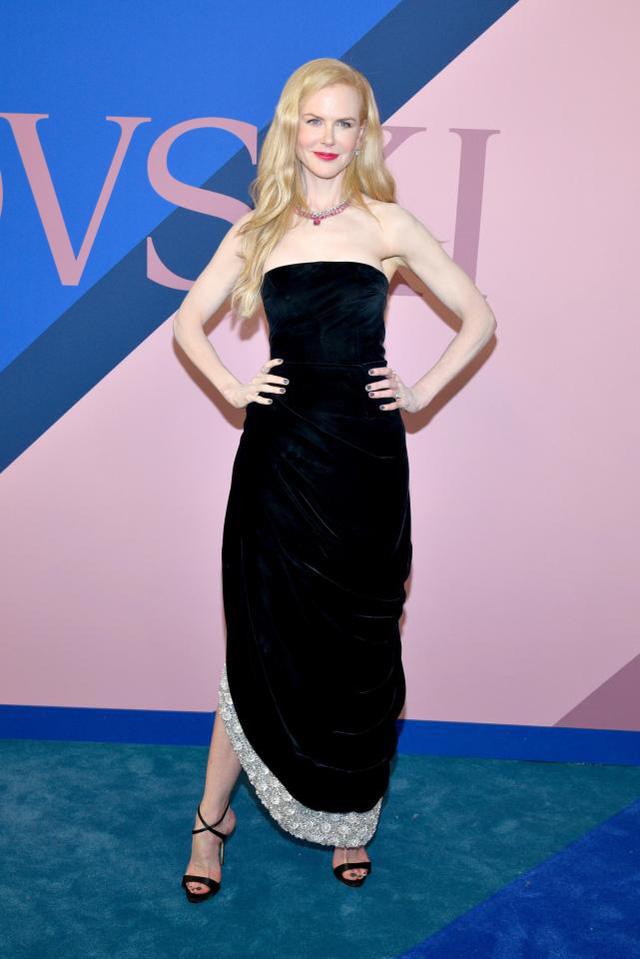 Ở độ tuổi U50, Nicole Kidman vẫn tươi trẻ đến gái đôi mươi cũng phải ghen tị và đây chính là bí quyết - Ảnh 10.