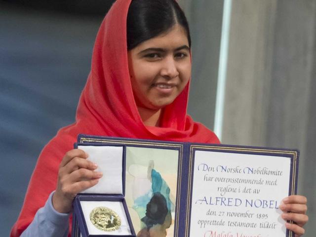 Năm 2014, Malala vẫn chưa dùng điện thoại hay mạng xã hội để tập trung vào học hành.
