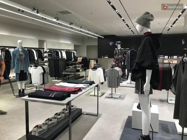 HOT: Tận mắt ngắm trọn 3 tầng của store Zara Hà Nội, to và sáng nhất phố Bà Triệu - Ảnh 10.