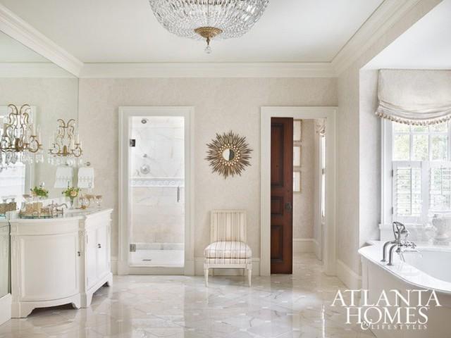 Ngôi nhà với phong cách cổ điển nhưng đầy sức quyến rũ ở mọi chi tiết dù là nhỏ nhất - Ảnh 10.