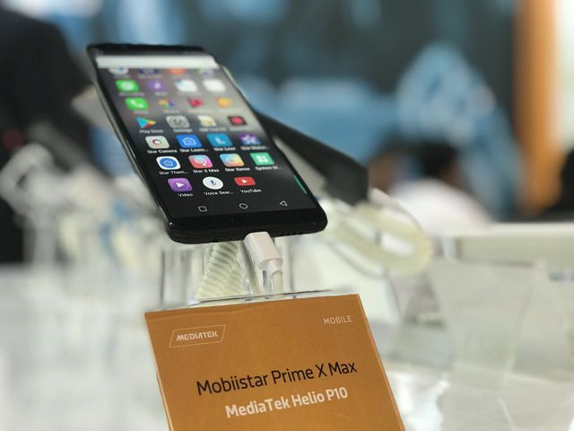 Lần đầu tiên, có một thương hiệu Việt Nam mang điện thoại của mình sang Dubai để bán cho người tây? - Ảnh 1.