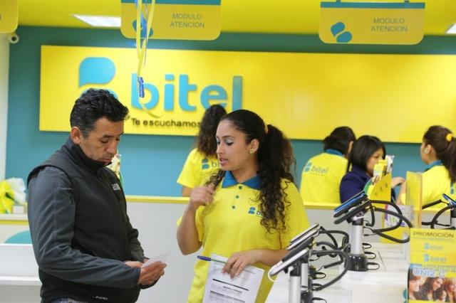 Viettel lãi gần 1 tỷ USD trong 6 tháng đầu năm - Ảnh 1.