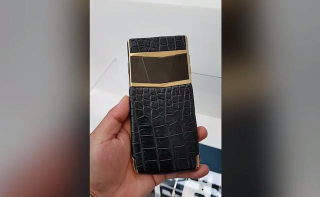 Viettel sắp ra mắt điện thoại Made in Vietnam giá ngàn đô bán cho người Việt? - Ảnh 2.