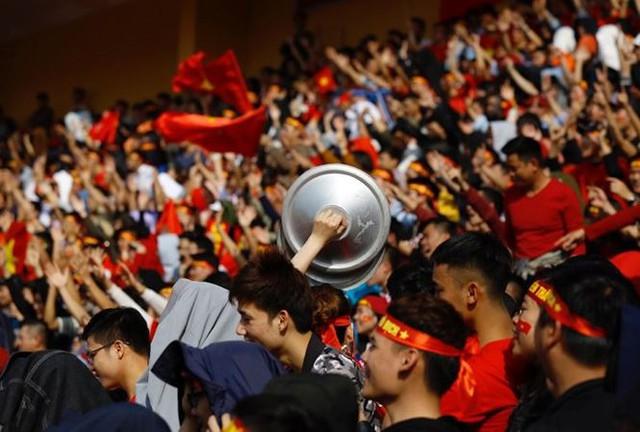 Mỹ Đình sẵn sàng đón 4 vạn CĐV tới tiếp lửa cho U23 Việt Nam - Ảnh 1.