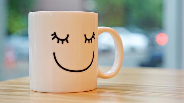 Nghiên cứu tâm lý học chỉ ra 2 con đường hướng tới hạnh phúc - Ảnh 1.