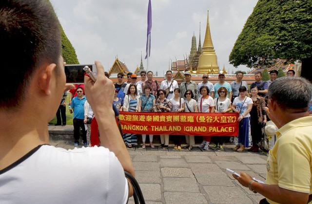 Vì sao Thái Lan nỗ lực giảm bớt những tour du lịch 0 đồng? - Ảnh 2.