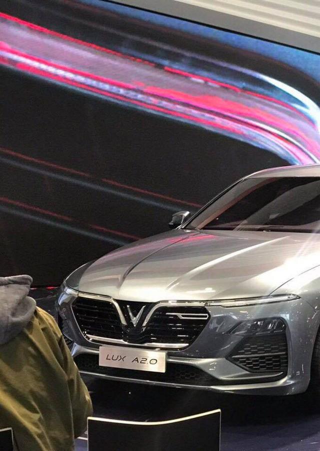 VinFast vừa công bố tên gọi 2 mẫu xe đầu tiên là LUX A2.0 và LUX SA2.0 - Ảnh 1.