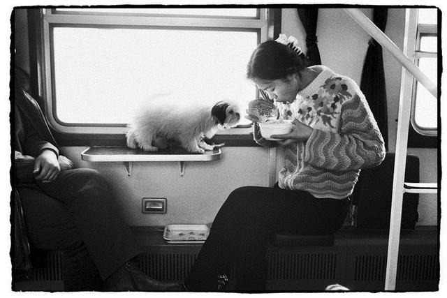 Dành 4 thập kỉ ghi lại hành trình trên những chuyến xe lửa, nhiếp ảnh gia Trung Quốc đem lại cho người xem những xúc cảm lạ thường - Ảnh 12.