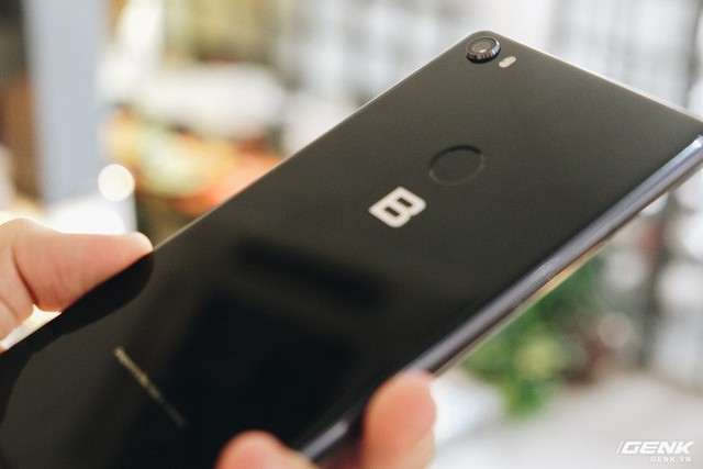 Trên tay & đánh giá nhanh Bphone 3 giá từ 6.99 triệu: Cuối cùng, người Việt đã có một chiếc smartphone đáng để tự hào - Ảnh 6.