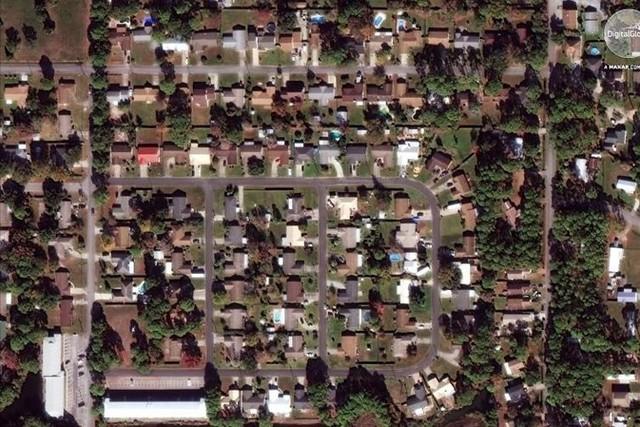 Cảnh tượng ám ảnh về Florida (Mỹ) trước và sau trận siêu bão Michael - Ảnh 1.