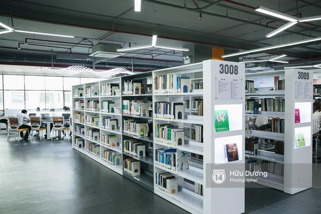 Thư viện các trường Đại học ở Việt Nam: Nơi sang chảnh 129 tỷ đồng, nơi đẹp đến mức đứng đâu cũng ra ảnh nghìn like - Ảnh 15.