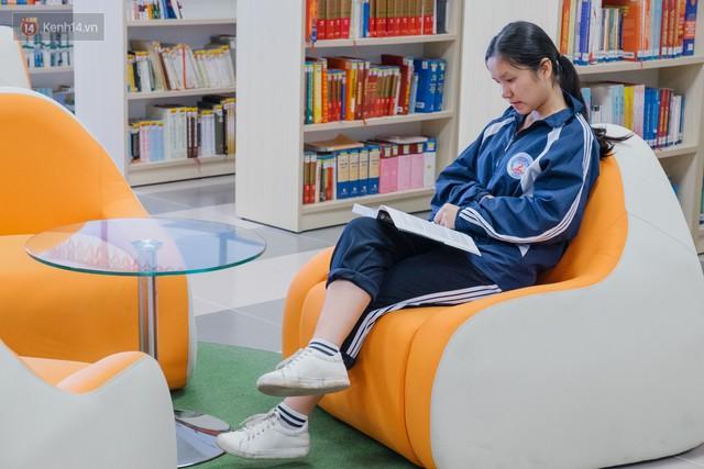 Thư viện các trường Đại học ở Việt Nam: Nơi sang chảnh 129 tỷ đồng, nơi đẹp đến mức đứng đâu cũng ra ảnh nghìn like - Ảnh 8.