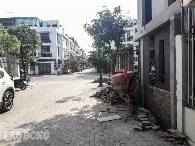 Bên trong khu biệt thự hiện đại nhất Thủ đô thiếu nợ hơn 300 tỉ bị Cục thuế bêu tên - Ảnh 3.