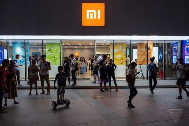 Không có Google, các nhà sản xuất Trung Quốc đã sáng tạo lại smartphone Android như thế nào - Ảnh 1.