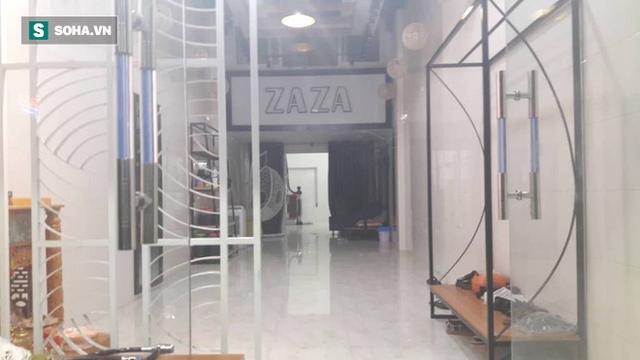 [NÓNG] Đã bắt đối tượng ôm lựu đạn cố thủ trong nhà tại Nghệ An - Ảnh 2.